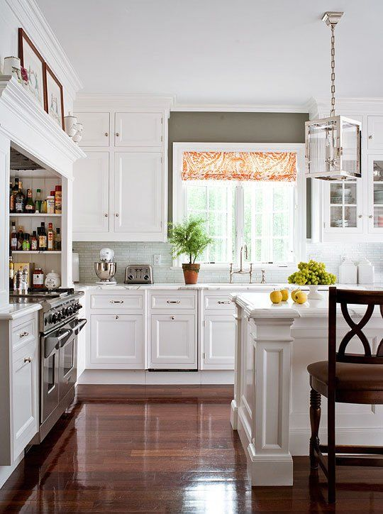 30 Spectacular White Kitchens With Dark Wood Floors - Page ...