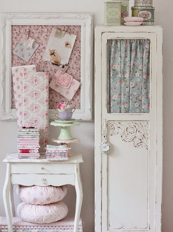 Check out these shabby chic designs and style ideas. Click on image to see many more interior design ideas.